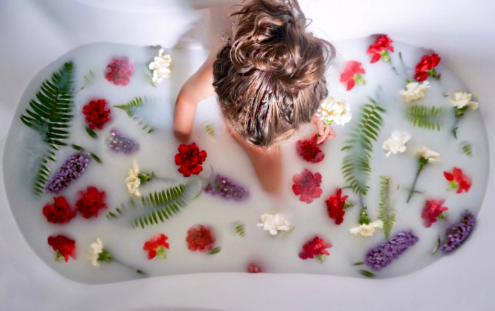 Milk & Flower Bath Tutorial